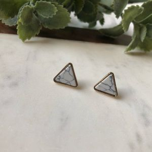 Jewelry - Marble Stud Triangle Earrings!!